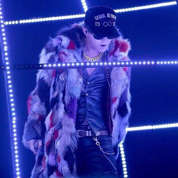 BTS hay TWICE giành Daesang cũng không hot bằng màn 'xéo xắt' MAMA chia giải của G-Dragon - Ảnh 3