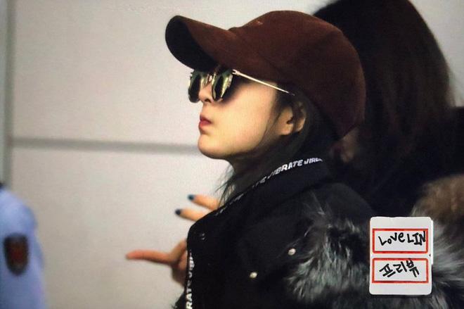 EXID xuất hiện chớp nhoáng ở sân bay Tân Sơn Nhất, nữ thần Hani chiếm trọn spotlight - Ảnh 6