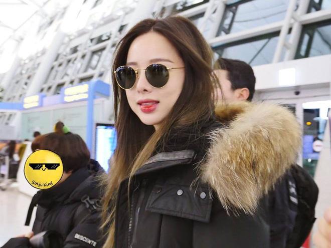 EXID xuất hiện chớp nhoáng ở sân bay Tân Sơn Nhất, nữ thần Hani chiếm trọn spotlight - Ảnh 8