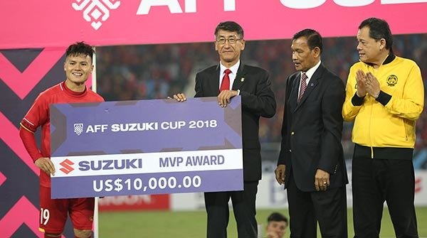 Việt Nam vô địch, Quang Hải xuất sắc nhất AFF Cup 2018 - Ảnh 1