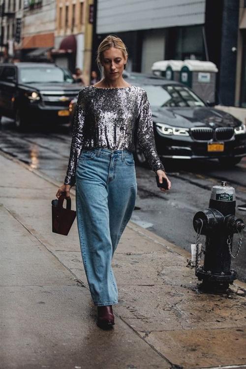 Quên kiểu quần jeans bó giò đi, đây mới là mốt jeans thống trị 2019 - Ảnh 3