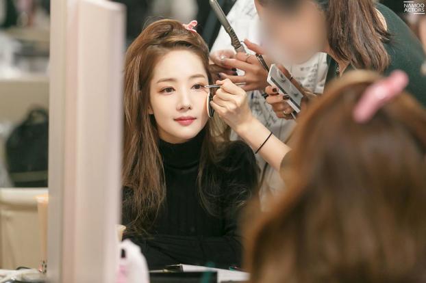 4 cách để có làn da đẹp không tì vết như 'thư kí Kim' Park Min Young dù đã ngoài 30 tuổi - Ảnh 5