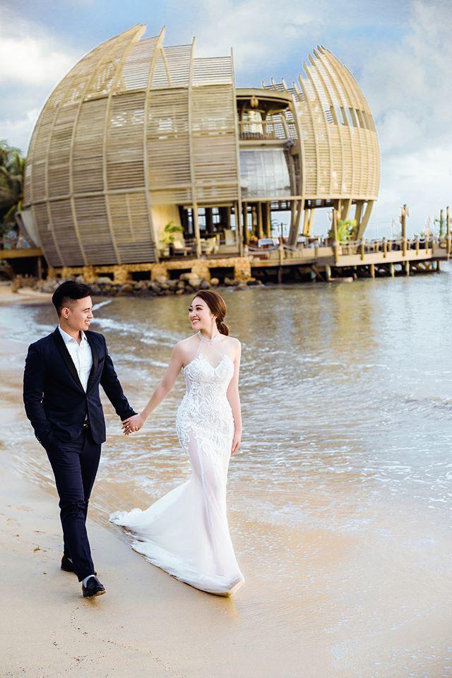 Lâu đài của đại gia Nam Định có con gái đeo vàng trĩu cổ ngày cưới - Ảnh 2