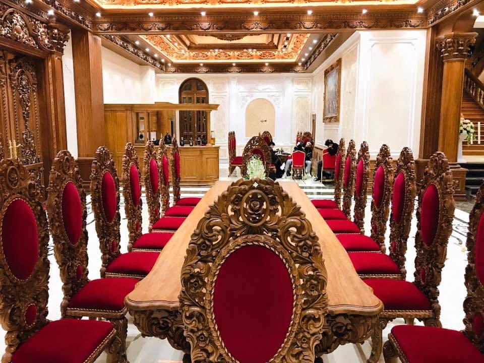 Lâu đài của đại gia Nam Định có con gái đeo vàng trĩu cổ ngày cưới - Ảnh 12