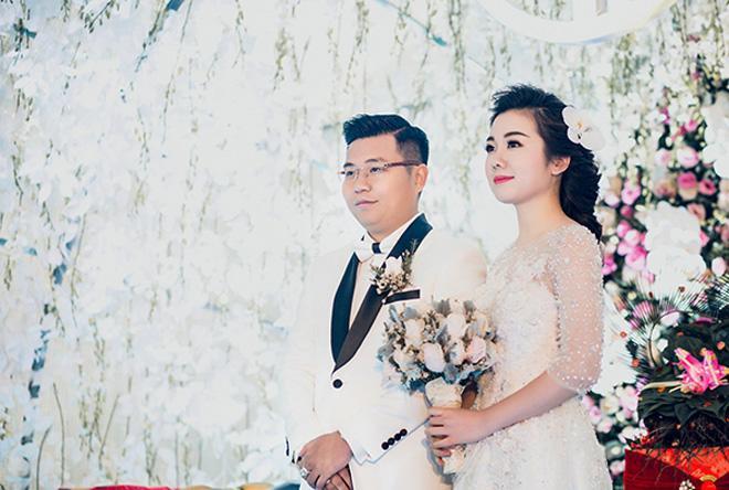 Cô dâu Nam Định được bố tặng 200 cây vàng: Chị gái từng được đón dâu bằng máy bay - Ảnh 4