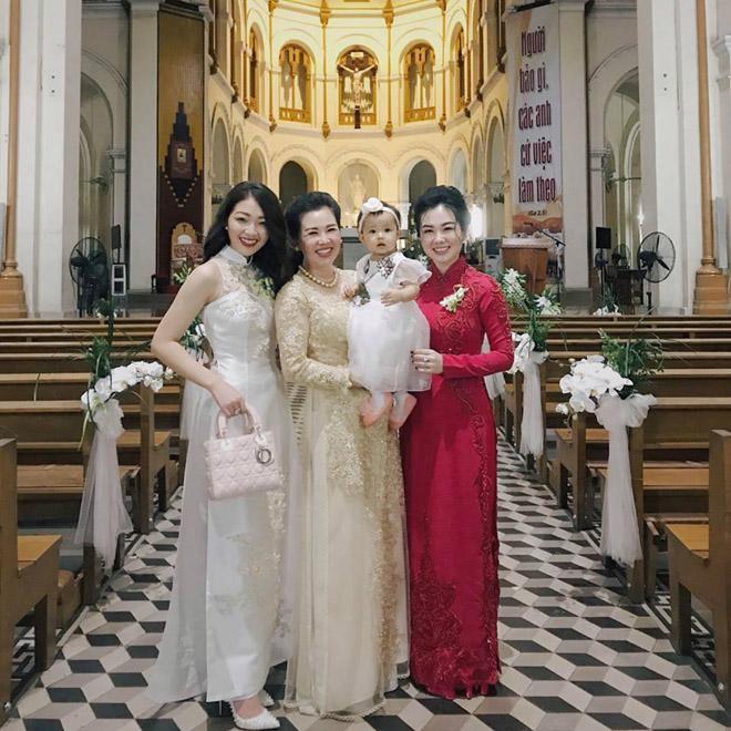 Cô dâu Nam Định được bố tặng 200 cây vàng: Chị gái từng được đón dâu bằng máy bay - Ảnh 8