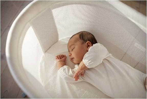 Mách cha mẹ một số cách cực đơn giản giúp trẻ sơ sinh ngủ ngoan một mình trong cũi từ khi mới lọt lòng - Ảnh 4
