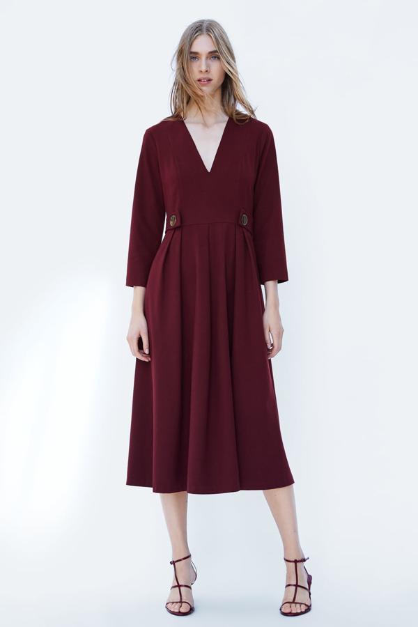 Váy nhung đang là xu hướng thời trang mới vô cùng nổi bật