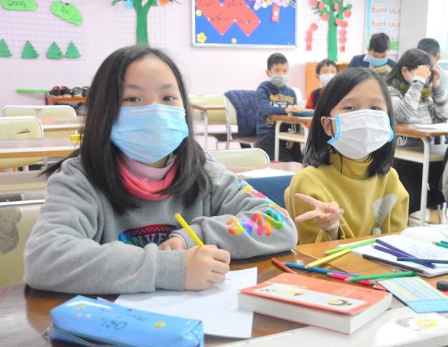 Bộ trưởng Phùng Xuân Nhạ: 'Tính mạng, sức khỏe của học sinh, giáo viên là trên hết' - Ảnh 2