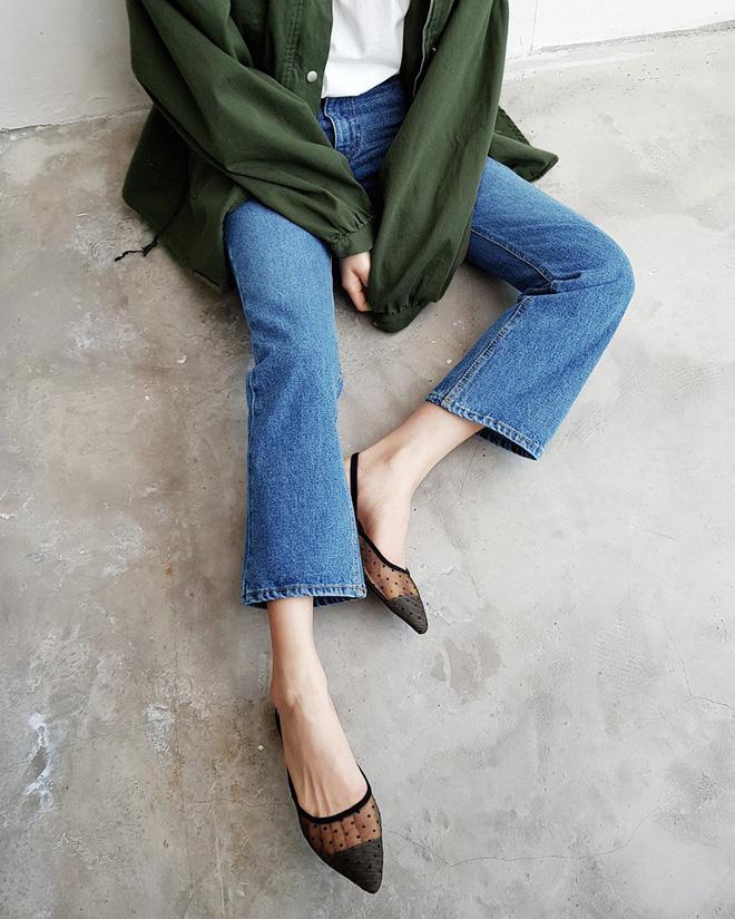 Sắm gì thì sắm, tủ đồ của bạn nên có đủ 4 kiểu quần jeans này để không bao giờ phải lo 'không có gì để mặc' - Ảnh 5
