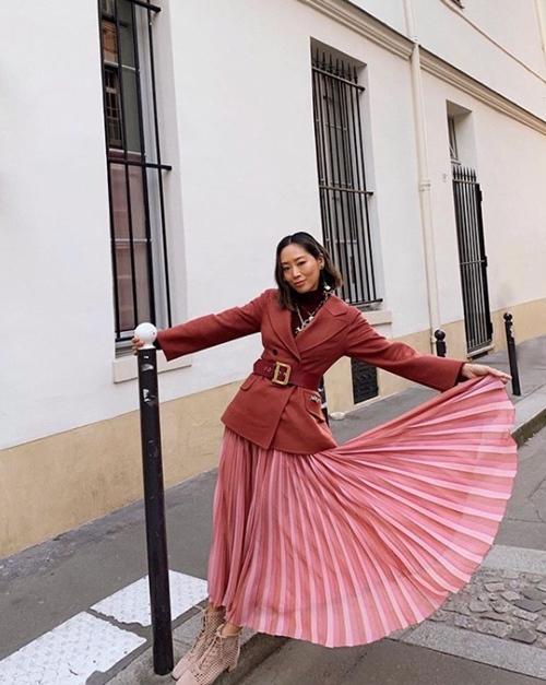 Nàng công sở học được gì từ 2 fashionista đình đám gốc Hàn? - Ảnh 10