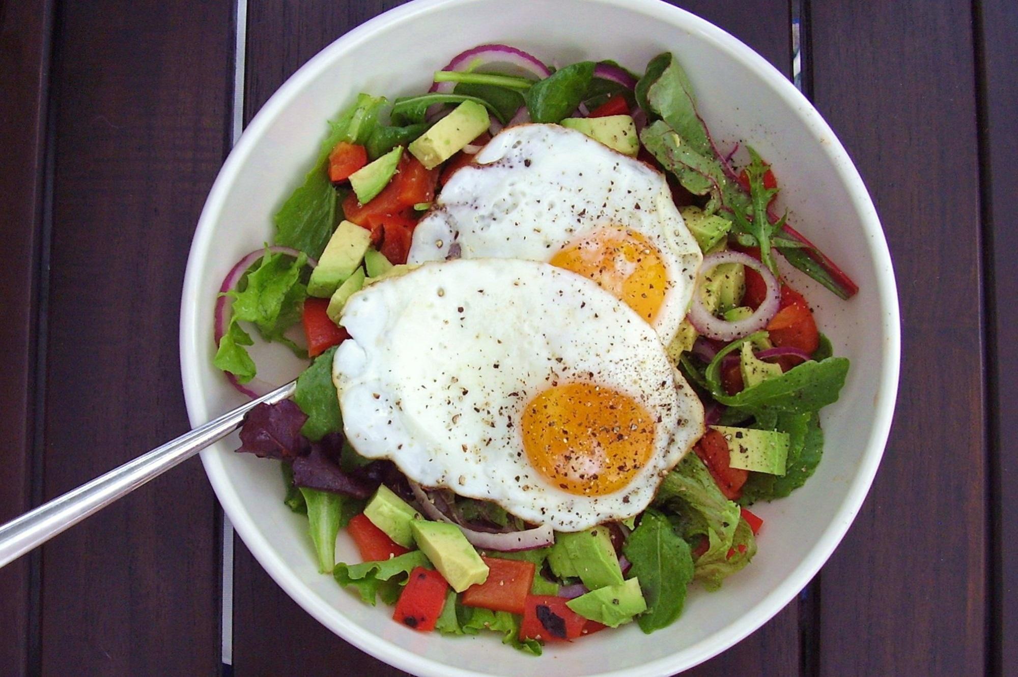 Giảm béo mà vẫn được ăn ngon nhờ thực đơn giảm cân với salad ăn mãi không ngán này - Ảnh 1