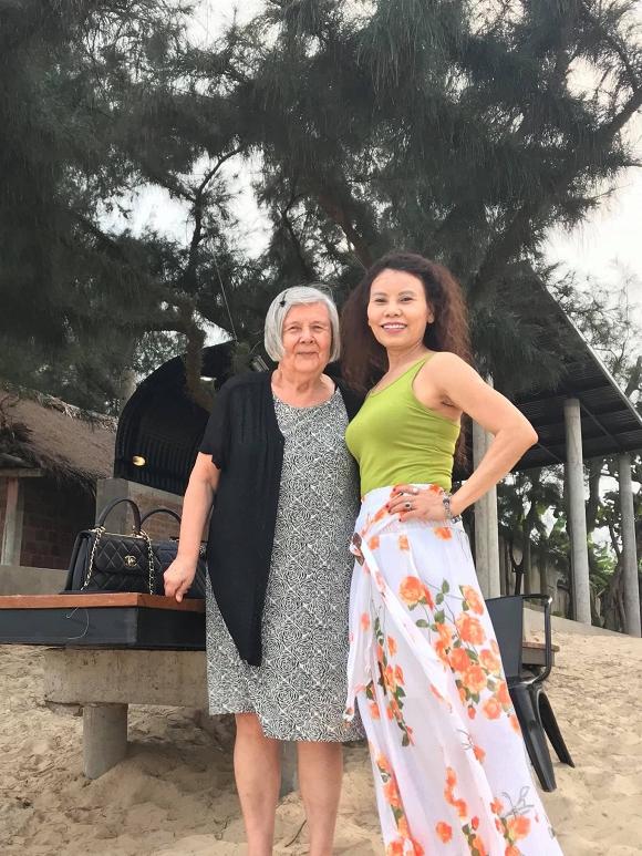 Cùng đăng một bức ảnh, Kim Lý và Hà Hồ lại tiết lộ điều bất ngờ về nhau - Ảnh 3