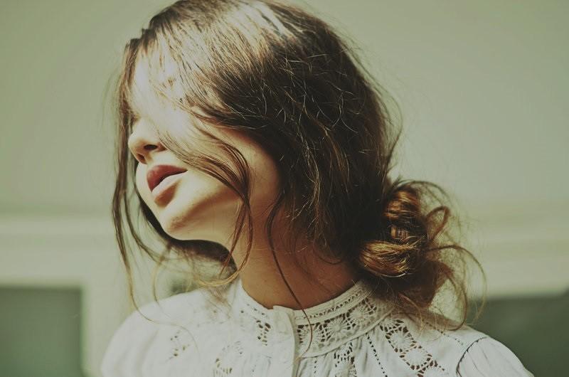 Ly hôn rồi, hãy cười khi vui, cứ khóc khi buồn, phải luôn xinh đẹp và nhớ đừng dại khờ thêm lần nữa - Ảnh 2