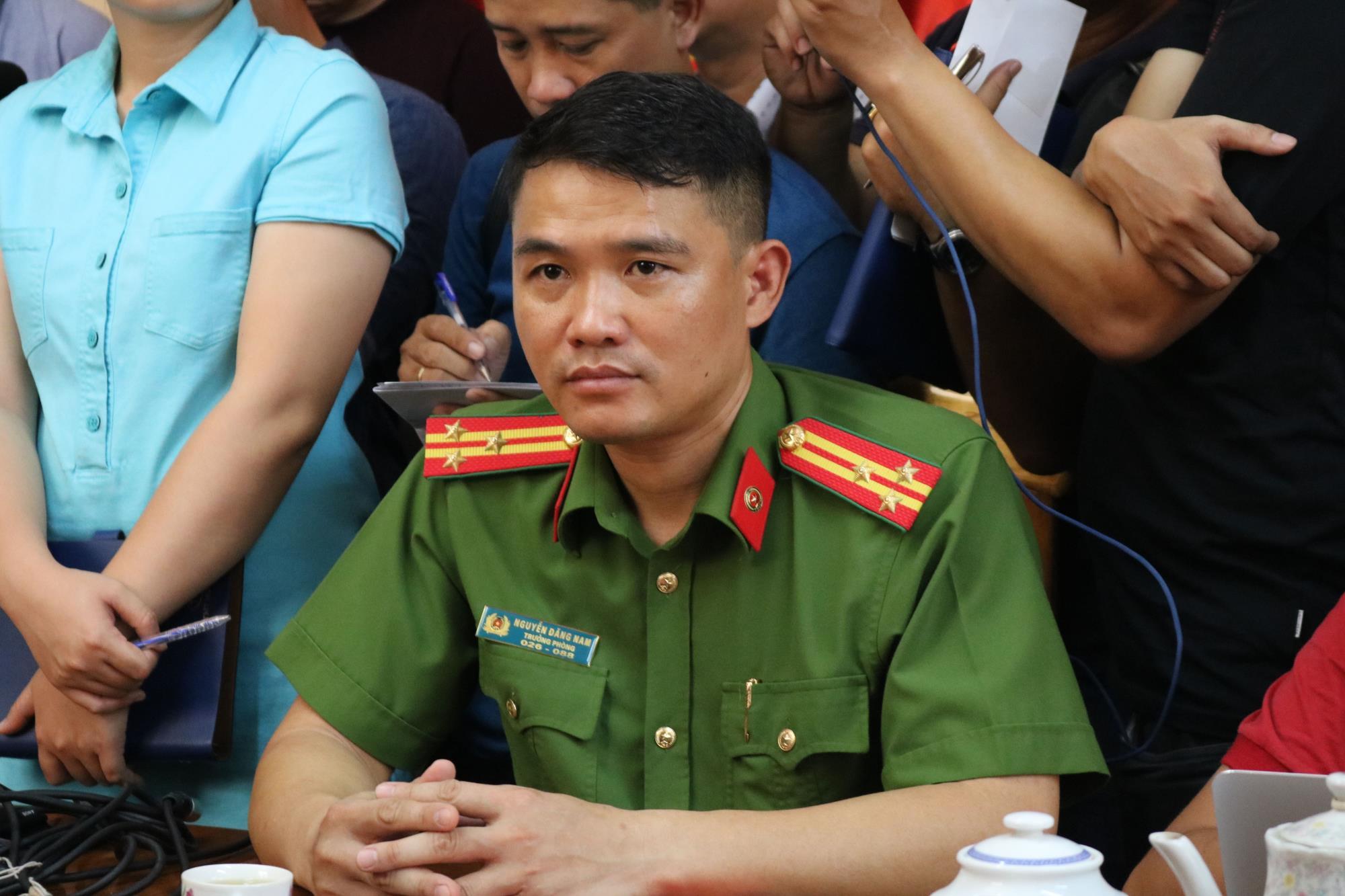 Họp báo vụ 2 hiệp sĩ Sài Gòn bị sát hại: Đã bắt được hai nghi can gây án  - Ảnh 1