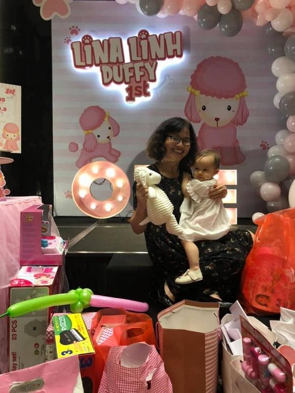 Rò rỉ loạt ảnh siêu đáng yêu của Lina – con gái Lan Phương và chồng Tây trong tiệc sinh nhật tròn 1 tuổi - Ảnh 5