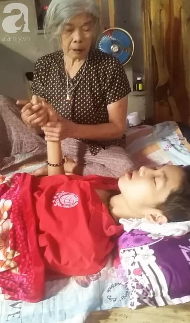 Vợ và con trai 16 tuổi mắc bệnh u não, người chồng nghèo bất lực giành giật sự sống từng ngày cho 2 mẹ con - Ảnh 9