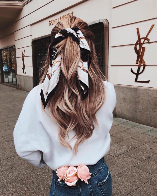 Cuối tuần đi chơi, phe tóc dài mà diện kiểu tóc này thì crush có lạnh lùng đến mấy cũng say như điếu đổ - Ảnh 8