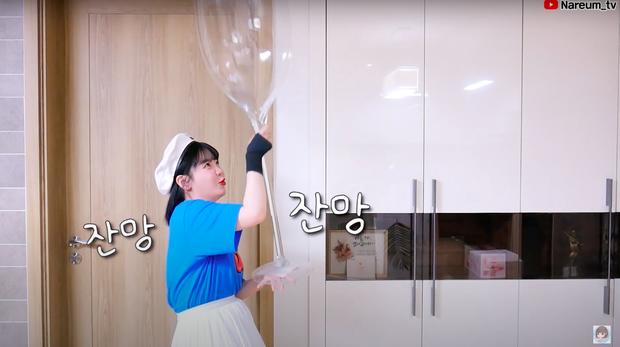 Làm trà sữa trân châu khổng lồ giống Bà Tân Vlog, Youtuber người Hàn lại có cái kết khiến dân mạng cười xỉu: Dọn nhà đến ốm luôn quá! - Ảnh 2