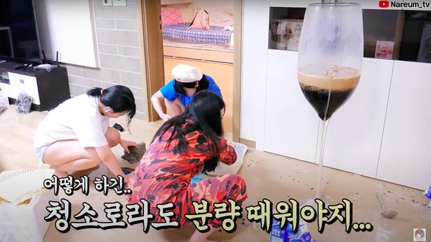 Làm trà sữa trân châu khổng lồ giống Bà Tân Vlog, Youtuber người Hàn lại có cái kết khiến dân mạng cười xỉu: Dọn nhà đến ốm luôn quá! - Ảnh 5