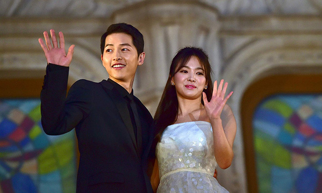 Một năm sau ngày hoàn tất thủ tục ly hôn với Song Hye Kyo, Song Joong Ki bất ngờ thừa nhận điều này trước công chúng - Ảnh 2