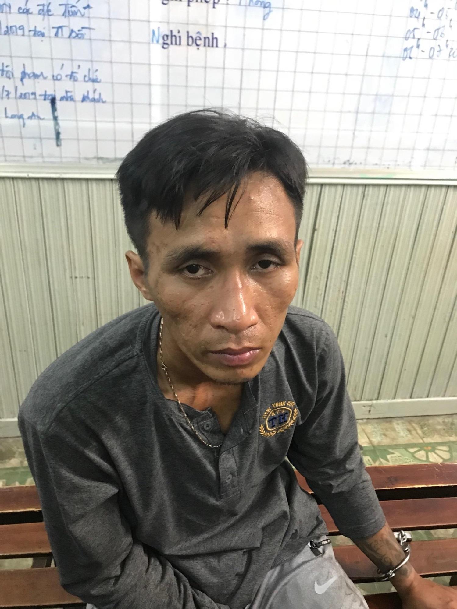 Chủ quán cà phê cầm đầu băng trộm cắp tài sản ở Sài Gòn khai gì? - Ảnh 2