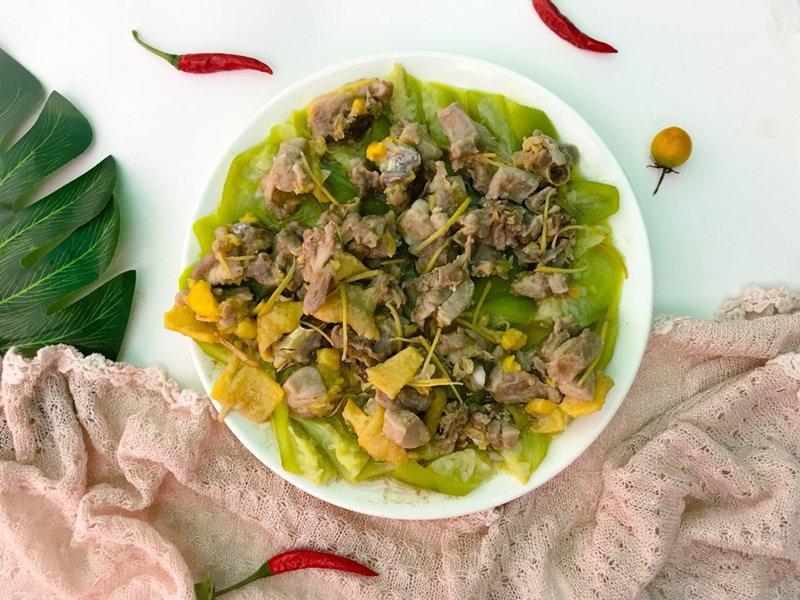 Bữa tối thèm thịt mà ngại dầu mỡ thì thử ngay món gà hấp mướp siêu ngon này - Ảnh 5