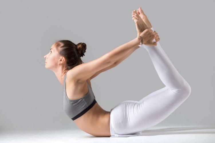 4 tư thế tập yoga tại nhà giúp bạn giảm mỡ bụng một cách triệt để - Ảnh 4