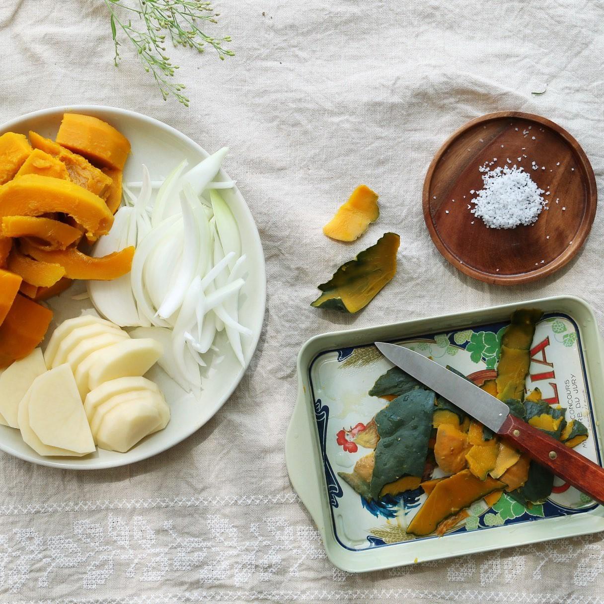 Bạn hãy thêm ngay công thức món súp này vào thực đơn gia đình vì các lợi ích cho sức khỏe nó mang lại - Ảnh 2