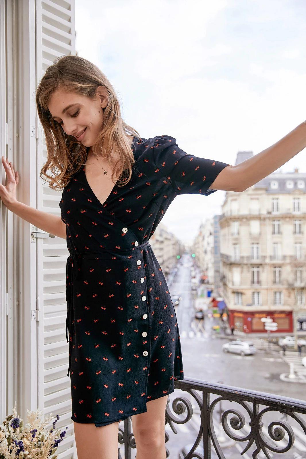 """Để luôn thanh lịch như những quý cô Paris, 5 items thời trang """"cộm cán"""" của họ sẽ là thứ mà bạn chẳng thể bỏ qua - Ảnh 3"""