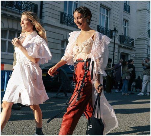 Mùa mới, diện váy công chúa xuống phố là xu hướng - Ảnh 4