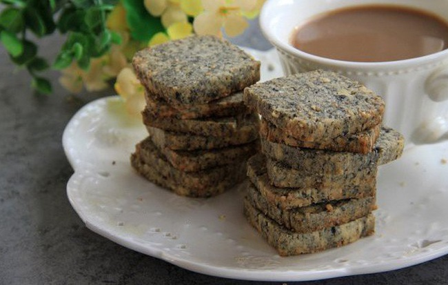 Có một loại bánh chỉ với 4 bước làm đơn giản mà giòn tan thơm bùi nhâm nhi cùng trà nóng thì tuyệt! - Ảnh 5