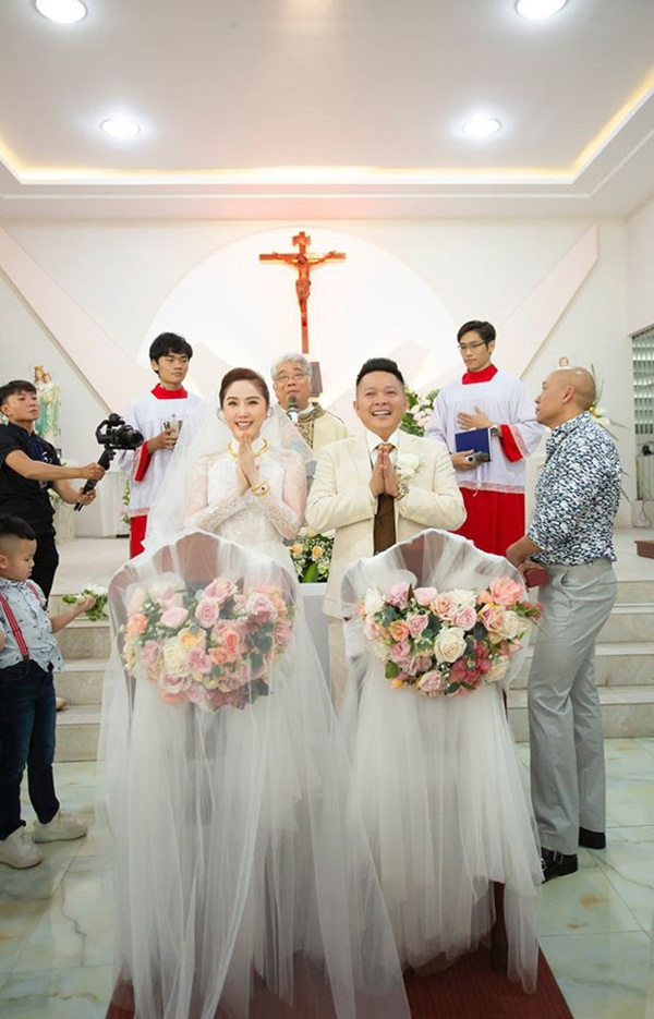 Bảo Thy phát tướng, diện váy nhăn nheo, bị chê xuề xòa trong tiệc cưới - Ảnh 4