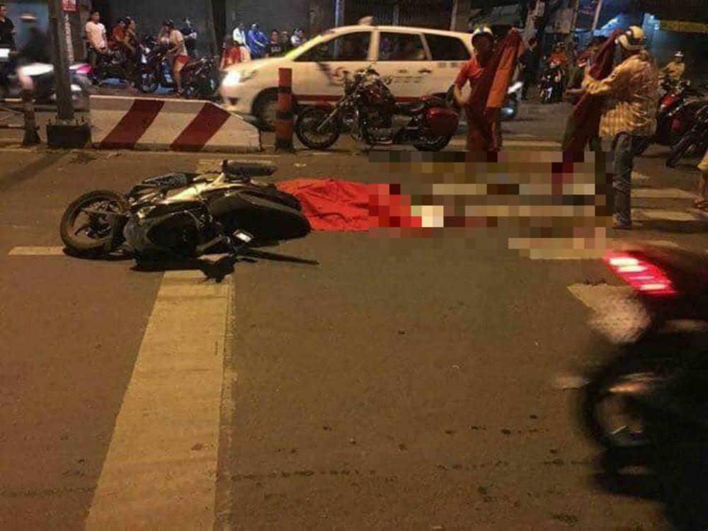 Đi 'bão đêm' ở Sài Gòn, nam thanh niên bị xe bồn cán chết - Ảnh 1