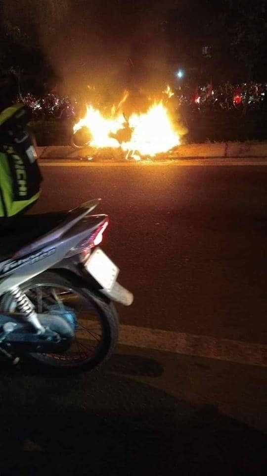Đi 'bão đêm' ở Sài Gòn, nam thanh niên bị xe bồn cán chết - Ảnh 2