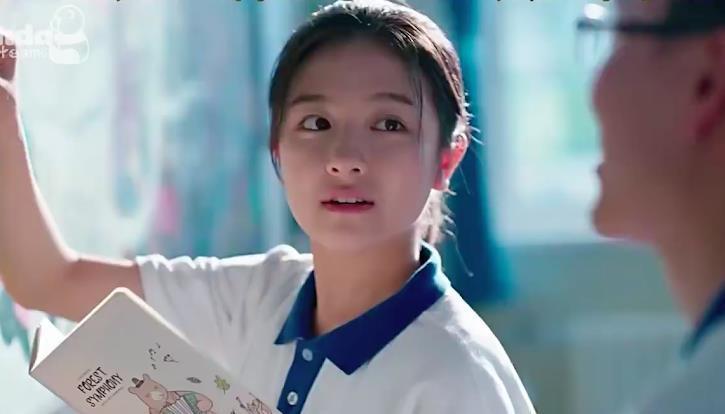 Nữ chính phim thanh xuân Hoa Ngữ chỉ tồn tại hai loại người: Một là học giỏi xuất chúng, hai là 'trùm' đội sổ! - Ảnh 3