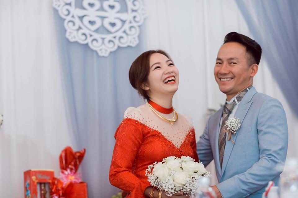 2 tuần sau đám cưới, bà xã Đinh Tiến Đạt thảng thốt nhận ra điều này - Ảnh 4
