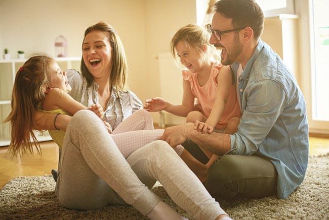 4 kiểu bố mẹ ảnh hưởng không tốt đến việc nuôi dạy trẻ - Ảnh 2
