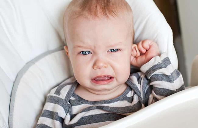 Kinh nghiệm nuôi con đầy mình nhưng chưa chắc các mẹ có thể đọc hiểu hết những ngôn ngữ cơ thể này của trẻ - Ảnh 4