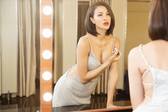 MC Phương Mai: Sụt cân đến mức suýt tuột cả váy nhờ bí quyết rất khó, mà cũng... dễ thôi - Ảnh 11