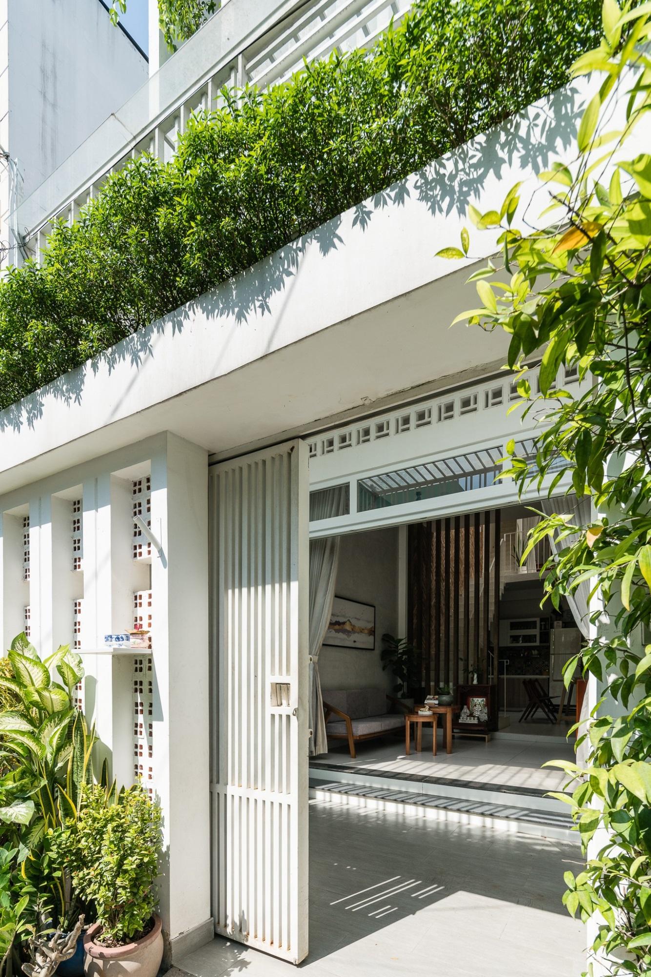 Ngôi nhà ống chỉ 53m² nhưng mỗi khi về nhà, các thành viên trong gia đình đều được trút bỏ mọi áp lực của cuộc sống ở Sài Gòn - Ảnh 3