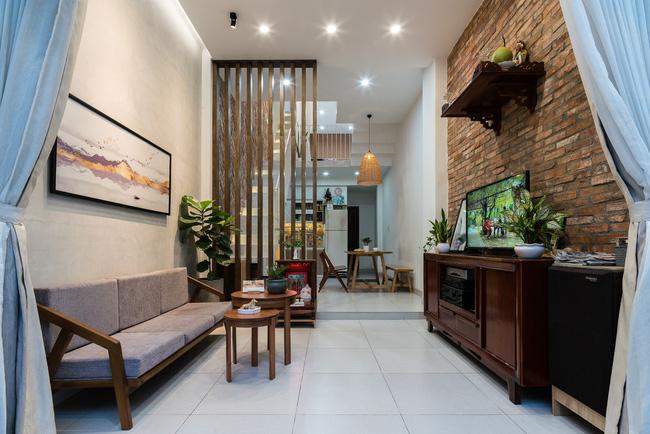 Ngôi nhà ống chỉ 53m² nhưng mỗi khi về nhà, các thành viên trong gia đình đều được trút bỏ mọi áp lực của cuộc sống ở Sài Gòn - Ảnh 6