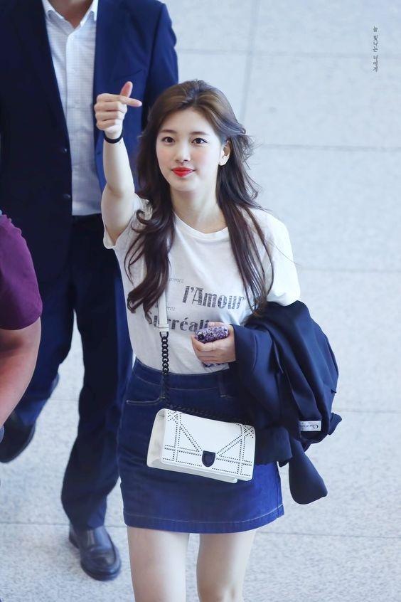 Bí quyết diện đồ luôn trẻ trung của nghệ sĩ xứ Hàn Suzy - Ảnh 4