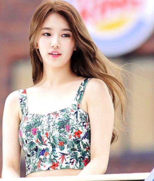 Bí quyết diện đồ luôn trẻ trung của nghệ sĩ xứ Hàn Suzy - Ảnh 7