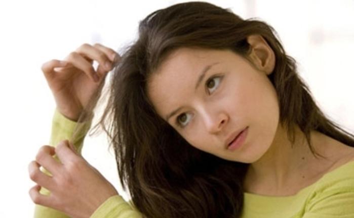 Cảnh báo: Thuờng xuyên bứt tóc, nhổ lông mi coi chừng là dấu hiệu bệnh tâm thần - Ảnh 1