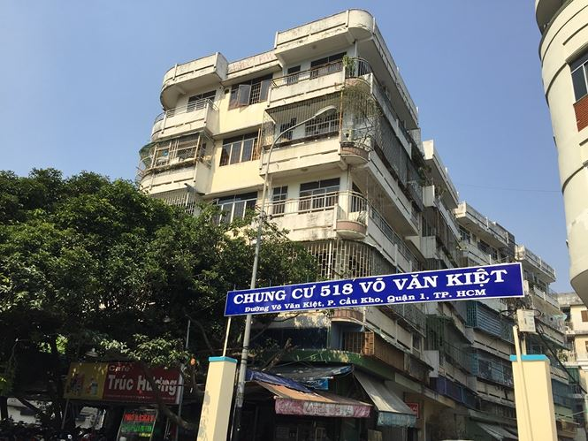 Sẽ tháo dỡ, xây mới chung cư nghiêng nguy hiểm ở Sài Gòn - Ảnh 1