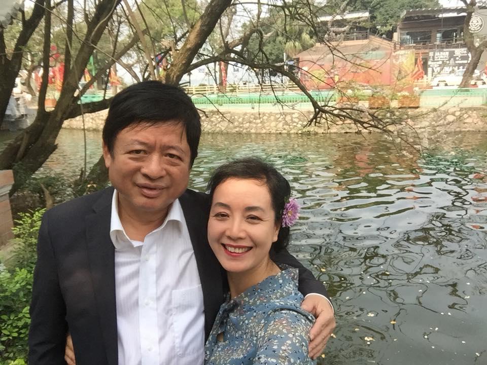 Nghệ sĩ Chiều Xuân bất ngờ làm điều này với ông xã nhân kỷ niệm 30 năm ngày cưới - Ảnh 3