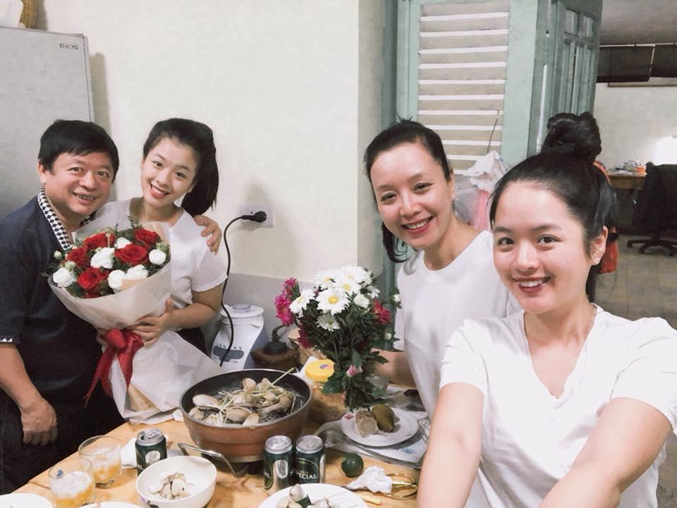 Nghệ sĩ Chiều Xuân bất ngờ làm điều này với ông xã nhân kỷ niệm 30 năm ngày cưới - Ảnh 7