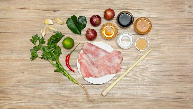 Công thức ướp thịt nướng mềm ngon thơm phức mẹ nào cũng có thể làm ngay - Ảnh 1