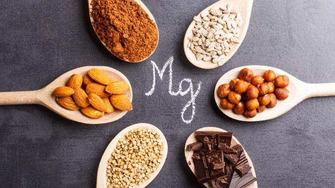 Người trên 40 tuổi nếu thiếu 7 chất dinh dưỡng này, sức khỏe và nhan sắc sẽ sớm tụt dốc - Ảnh 4